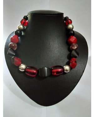 Red Jasper Agate Black Crystal Pearls Necklace
